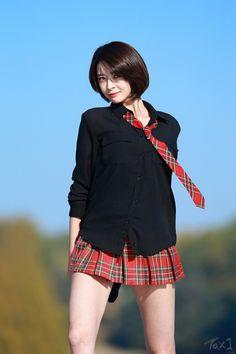 Japanese Beauty, Asian Beauty, South Korean Girls, Korean Girl Groups, Female Shorts, China Girl, Girl Bands, Cosplay, Short Outfits