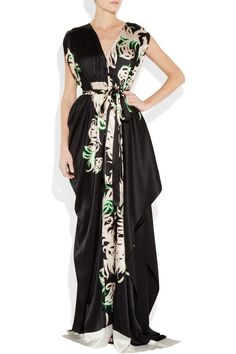 I think I might actually look tall in this dress.