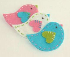 A Touch of Vintage - Paper and Button Embellishments x 10 felt birds. Would be so cute as Christmas ornaments too.: A Touch of Vintage - Paper and Button Embellishments x 10 felt birds. Would be so cute as Christmas ornaments too. Felt Diy, Felt Crafts, Easter Crafts, Fabric Crafts, Sewing Crafts, Sewing Projects, Crafts For Kids, Handmade Felt, Felt Christmas Ornaments