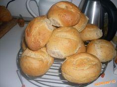 Chlebánky/ vyzkoušeno Kefir, Hamburger, Bread, Jen, Food, Author, Brot, Essen, Baking