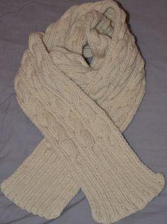 Écharpe à torsades en laine