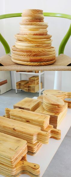 Wooden Plates, Pottery Plates, Rustic Crafts, Wood Crafts, Commercial Pizza Oven, Bread Board, Wooden Projects, Wood Cutting Boards, Wooden Kitchen