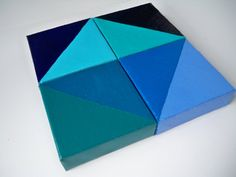 Great DIY - geometric shape - all you need is a variety of paints & 4 square canvases! #art #DIY #blue