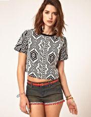 WANTED  ASOS - T-shirt à imprimé style aztèque   53,32 €   MAINTENANT 26,66 €