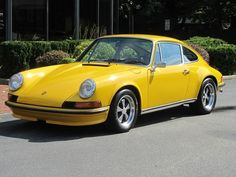 1972 Porsche 911 - S Sunroof Coupe! This is my moms dream car:)
