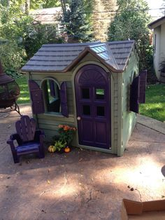 Little tykes play house jazzed up with spray paint. Bought a cheap playhouse on Craigslist and Upcycled! Little Tykes Playhouse, Outside Playhouse, Backyard Playhouse, Build A Playhouse, Playhouse Ideas, Painted Playhouse, Plastic Playhouse, Outdoor Toys, Outdoor Fun