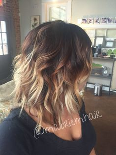 Balayage Hair Color Ideas for Shoulder Length Hair. After the hot ombre hairstyles, more and more people trying the balayage,Balayage hairstyles and trends for dark . Balayage Bob, Hair Color And Cut, Ombre Hair Color, Blonde Ombre, Dark Ombre, Medium Hair Styles, Curly Hair Styles, New Hair, Hair Colors
