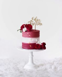 Red ombre buttercream cake with fresh flowers Red Ombre Buttercremekuchen mit frischen Blumen Red Velvet Birthday Cake, Red Cake, 40th Birthday Cakes, Cakes To Make, Elegant Birthday Cakes, Buttercream Cake Designs, Buttercream Flowers, Fresh Flower Cake, Fresh Flowers