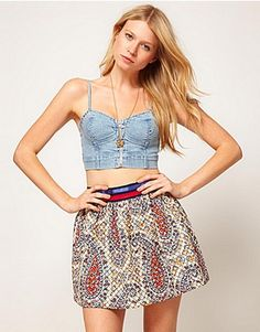 74af14f056d2 love this jean cropped corset People Dress, Cropped Jeans, T Shirt Vest, Bra