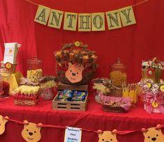 Winnie Poh Les tengo estas hermosas propuestasde fiesta temática de Winnie Pooh, espero les ayude a inspirarsey crear una fiesta para sus pequeños con estilo original y único.