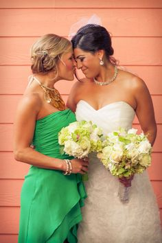 Maid of Honor pic! My bestie! A MUST! AWWW me and my bff have a shot like this already from a summer at the beach :')
