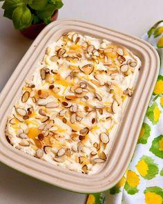 Voor nieuwe kookinspiratie: Limoncello tiramisu http://numero-v.com/recept-week-13-limoncello-tiramisu/ #limoncello #tiramisu #wine #foodpairing #numerovino #recipe #dessert