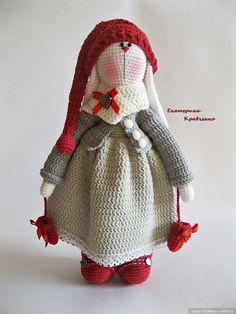 Зайка — тильда с описанием. Автор Екатерина Кравченко Схема вязания игрушки pdf-описание