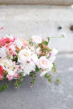 Flower school in paris  roses Bouquet