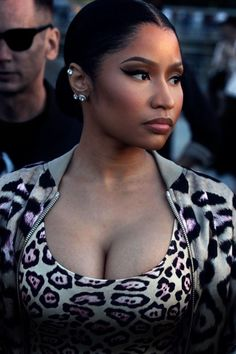 "dre-cocaina-tetas: "" allnicki: "" ""Nicki Minaj attends Givenchy Fashion Show for NYFW "" "" She's so perfect! Nicki Minja, Nicki Minaj Barbie, Nicki Minaj Makeup, Rihanna, Beyonce, Nicki Minaj Outfits, Nicki Minaj Wallpaper, Kylie Jenner Fotos, Divas"