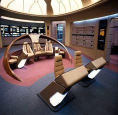 Hollywood Sci Fi Museum. Star Trek Enterprise bridge simulator.