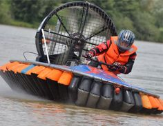 Experience Days Worldwide: Hovercraft Driving Experience