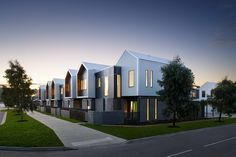 2016 Victorian Architecture Awards Winners Announced - News & Media Cultural Architecture, Architecture Awards, Roof Architecture, Commercial Architecture, Victorian Architecture, Residential Architecture, Modern Townhouse, Townhouse Designs, Cluster House