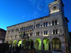 Il Palazzo dei Rettori è un edificio storico della città di Belluno che sorge a nord di Piazza del Duomo. La sua costruzione è . Image from globemy.com