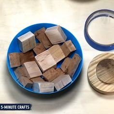 31 Indoor Woodworking Projects to Do This Winter – wood projects Kunsthandwerk aus Epoxidharz Creative Crafts, Fun Crafts, Diy And Crafts, Arts And Crafts, Wood Projects, Woodworking Projects, Craft Projects, Diy Resin Crafts, Wood Crafts