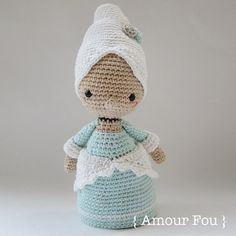 Mini Marie Antoinette -  Crochet Pattern by {Amour Fou}