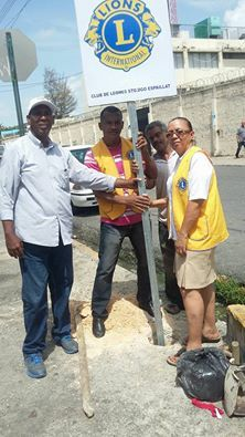 Santo Domingo Espaillat #LionsClub (Dominican Republic) installed a new sign for a Centennial Community Legacy Project