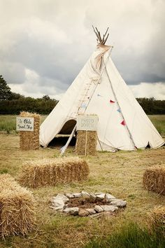 How to create a perfect Glastonbury inspired wedding - Decor   CHWV