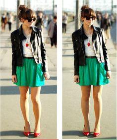 Falta a sainha colorida soltinha, e uma jaqueta ou blazer no meu guarda roupa.