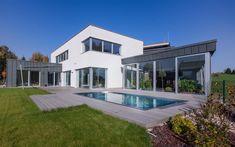 skimmerový bazén, venkovní bazén, rodinný bazén, zahrada, moderní design, luxusní design Home Fashion, Mansions, House Styles, Garden, Wellness, Design, Home Decor, Garten, Decoration Home
