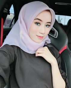 cute Hijabi Girl, Girl Hijab, India Beauty, Asian Beauty, Video Hijab, How To Wear Hijab, Turban Hijab, Muslim Women Fashion, Muslim Girls