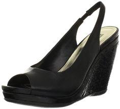 Amazon.com: Kenneth Cole REACTION Womens Lee Way Pump: Shoes