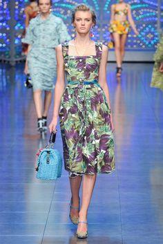 De 40 beste bildene for • Fashion - Dolce   Gabbana  58be2bd5855
