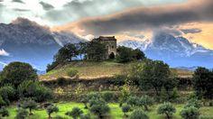 Between The Mountains - in Chambéry, France? Landscape Wallpaper, Nature Wallpaper, Beautiful World, Beautiful Places, Wonderful Places, Beautiful People, Loin, Living Single, Padua