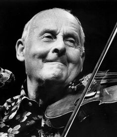 A 1983 photo of French violonist Stephane Grappelli. (AP)