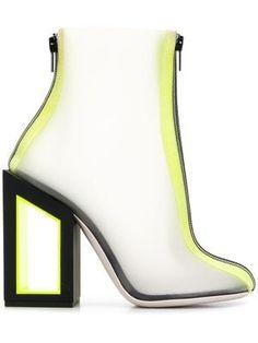 8c702ed0 Las 13 mejores imágenes de botas de marca | Nike shoes outlet, Shoe ...