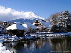 雪の忍野と富士山 (Snow-covered Oshino with Mt.Fuji) #Japan #Winter
