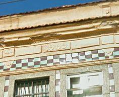 Azulejos antigos no Rio de Janeiro: Santo Cristo IV - rua Pedro Alves