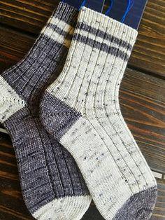 Knitting Socks, Hand Knitting, Darning, Sock Yarn, Needles Sizes, Stitch Markers, Ravelry, Knit Crochet, Knitting Patterns