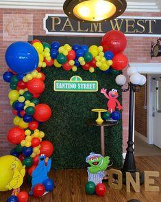 Elmo First Birthday, Boys 1st Birthday Party Ideas, Second Birthday Ideas, First Birthday Parties, First Birthdays, Elmo Party, Mickey Party, Dinosaur Party, Dinosaur Birthday