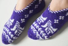 hand knitted wool slippers traditional by LOVELYCHICKNITTING, $29.50