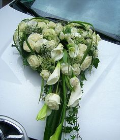 Wedding & Calla Wedding Bouquets, Wedding Cakes, Wedding Flowers, Wedding Day, Wedding Car Decorations, Flower Decorations, Calla Lily Flowers, Floral Arrangements, Floral Design