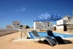 3 Bedroom modern town house in Albondon La Alpujarra,20 mins from the Costa Tropical.Great area for road and mountain biking, walking, climbing and horse riding