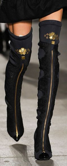 Runway/  gorgeous over the knee boots/ fashion/ details ♥