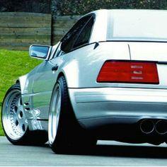 #r129 #Mercedes #Benz #sl500                              …