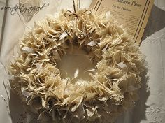 Unique fancy Christmas Decorating With Burlap : Astonishing Christmas Wreath Made By Burlap And Ribbon Arranged Into Circle Shape Put The Small Rope On The Side
