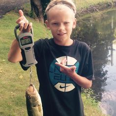 Hiking With Kids, Worms, Wood Watch, Fishing, Instagram Posts, Wooden Watch, Wooden Clock, Bass Fishing, Peaches