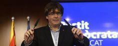 """Puigdemont denuncia """"el asedio"""" del Gobierno y el """"registro de imprentas y medios"""""""