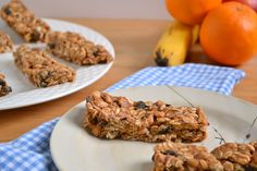 No-Bake Cherry Almond Granola Bars  |   Food Doodles