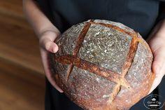 Kváskový chlieb pre začiatočníkov - Chuť od Naty How To Make Bread, Bread Making, Favorite Recipes, Yummy Food, Baking, Delicious Food, How To Bake Bread
