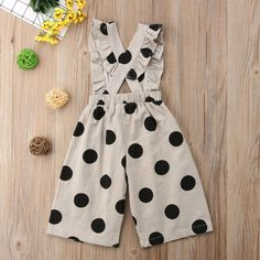 toddler Overalls – Baby and Toddler Clothing and Accesories Toddler Boy Fashion, Toddler Girl Style, Girl Fashion, Fashion Clothes, Overalls Fashion, Sleeveless Outfit, Baby Bloomers, Frock Design, Baby Dress